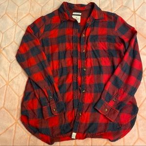 AE woman's plaid shirt!